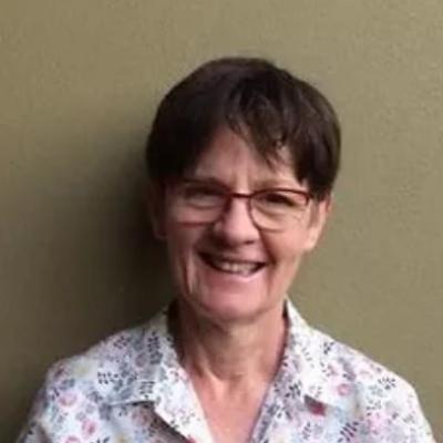 Dr Johanna English